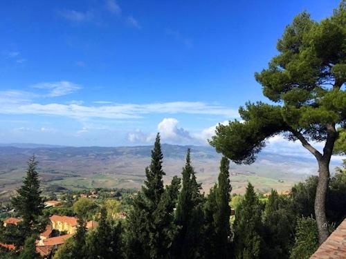 Panorama in Volterra
