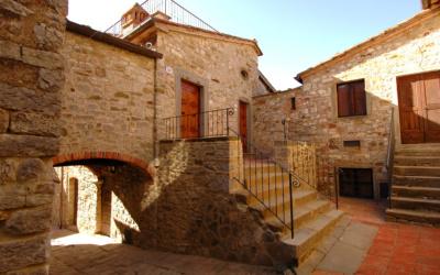 Burg Chianti 3 Außenansichten 23