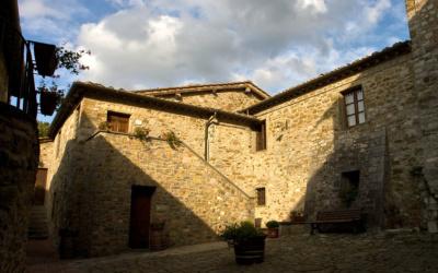 Burg Chianti 4 Außenansichten 20