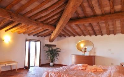 Ferienwohnung Chianni 5 Schlafzimmer 02