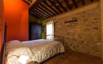 Ferienwohnung Chianni 6 Schlafzimmer 01