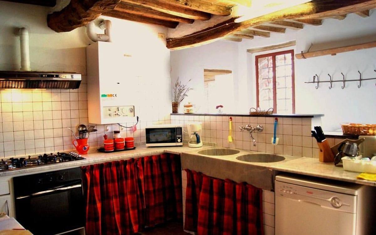 Landhaus Buti 1 Küche 01