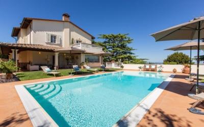 Villa Chianni 9 Pool 02