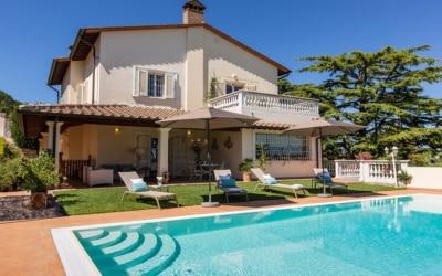 Villa Chianni 9 Pool 03