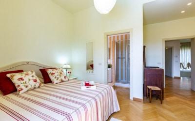 Villa Chianni 9 Schlafzimmer 19