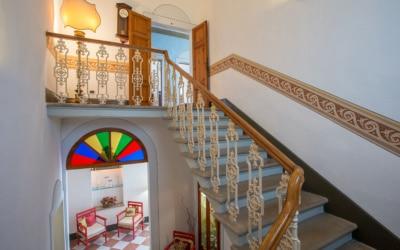 Villa Peccioli 4 Treppenhaus 01