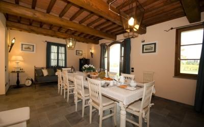 Villa Peccioli 5 Esszimmer 05