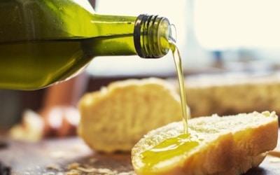 Ölprobe in der Toskana.