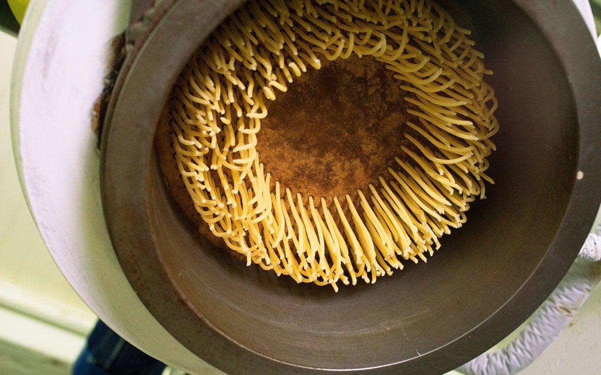 Nudelfabrik in der Toskana (1)