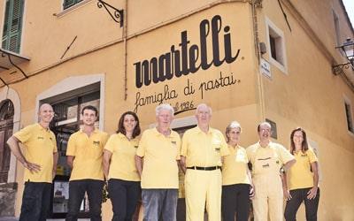 Spaghetti-Fabrik in der Toskana und Nudelverkostung am Schloß