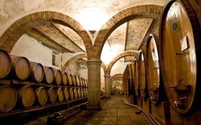 Weinprobe in der Burg