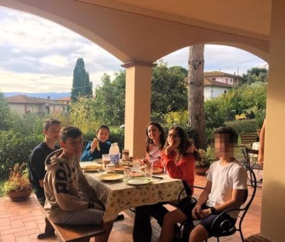 Teenies in der Toskana